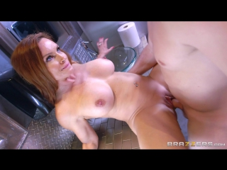 Diamond Foxxx [HD 720, all sex, MILF, creampie, squirt, big tits, stepmom, new porn 2016]
