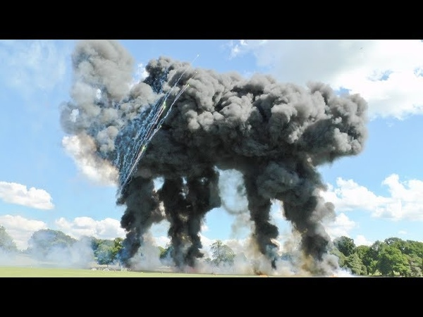 ITS WAR ! BATTLE OF BRITAIN RC PYROTECHNICS FUNFIGHTER CARNAGE - **SUNDAY** AT WESTON PARK - 2017