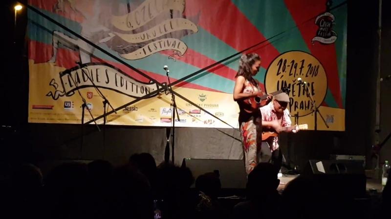 Honoka и Jodi Kаmisato на Czech Ukulele Festival 2018