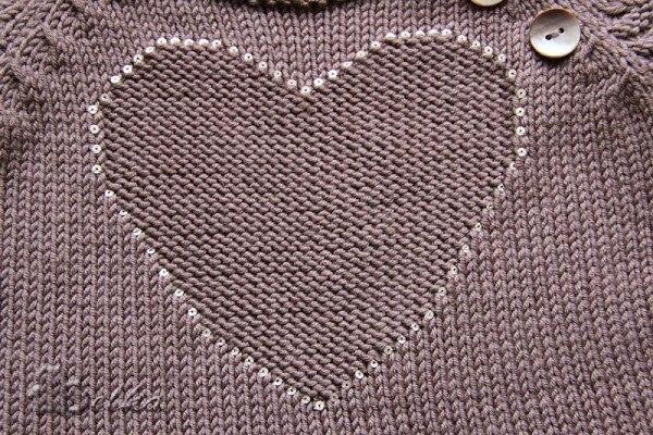 Кофточка с сердечком. Описание