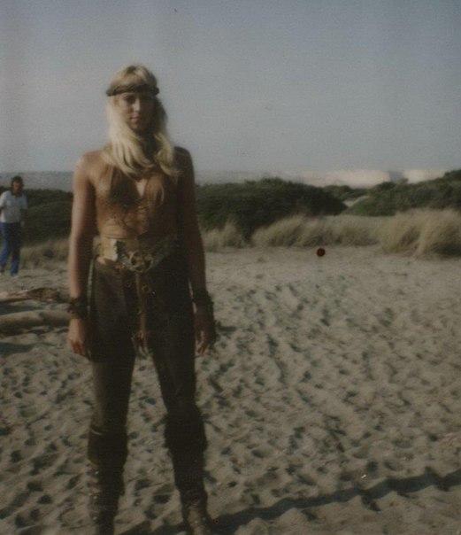 ÁLBUM DE FOTOS Conan the Barbarian 1982 - Página 2 VrvDsDlt-EE