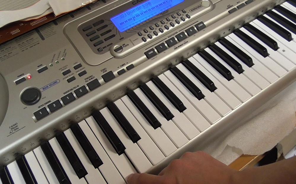 цифровое пианино Casio w32 88 клавиш