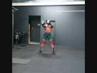 2. 10 x Double Kb Swings