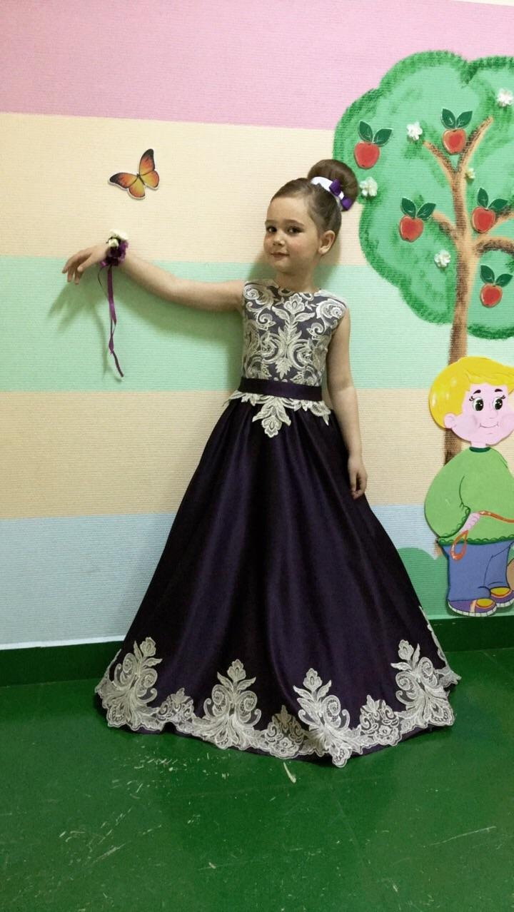Выпускное платье на 6 лет Ay857aFCLV4