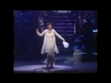 #nowwatching Classic Whitney Houston LIVE - Aretha Franklin Medley Tribute