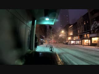 Walking nyc : first snow of the season (5th ave, rockefeller center, times square, broadway)
