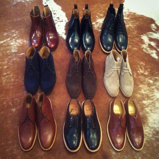 Снутри туфли под светлый костюм использования