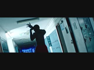 MUSE - Break It To Me [Official Music Video] (nelaskoviy_pub)