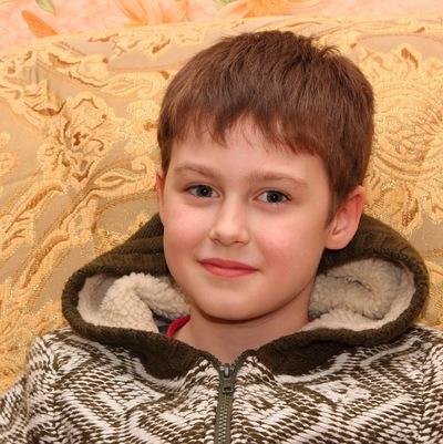 Денис Дулюк, 17 октября , Ровно, id207214660