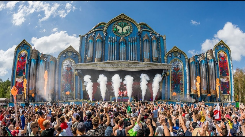 OUR FIRST TOMORROWLAND | Mr. Belt Wezols Trippin TV 03
