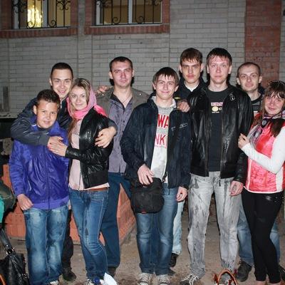 Саня Сухомлин, 12 августа , Луганск, id215356403