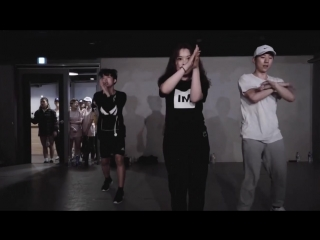 'Don't Let Me Down' Dance Cover by Marius, Momo, Hyojong