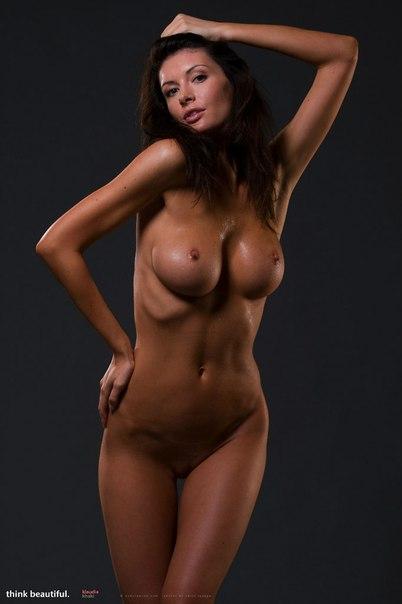 фото голых баб с красивой фигурой