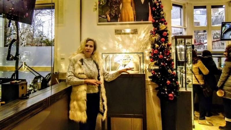 В Амстердаме с алмазами Елизавета Романова-жена Президента РФ В.В.Путина в Новом 2019 году!