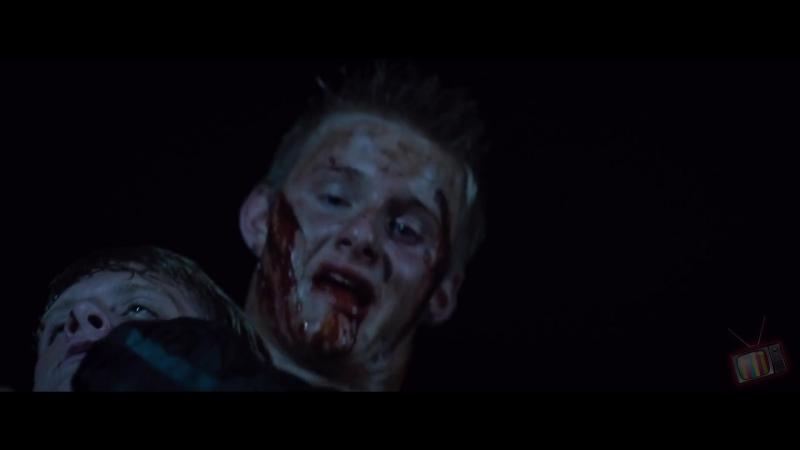 Китнисс спасает Пита от Катона - Голодные игры (2012) - Момент из фильма