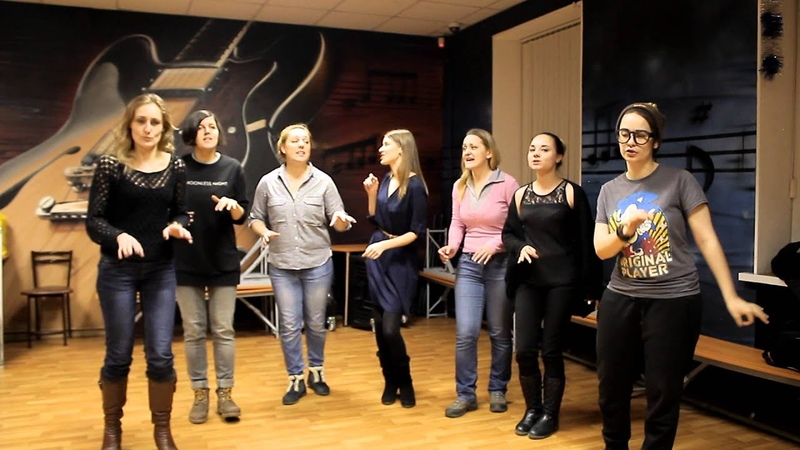 Happy Valentine's day! / Bésame mucho.... Phoenix Jazz Vocal Group (a cappella cover)