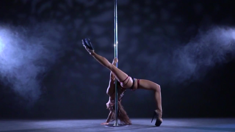 Exotic pole dance | Daria Che (Дарья Чеботова)