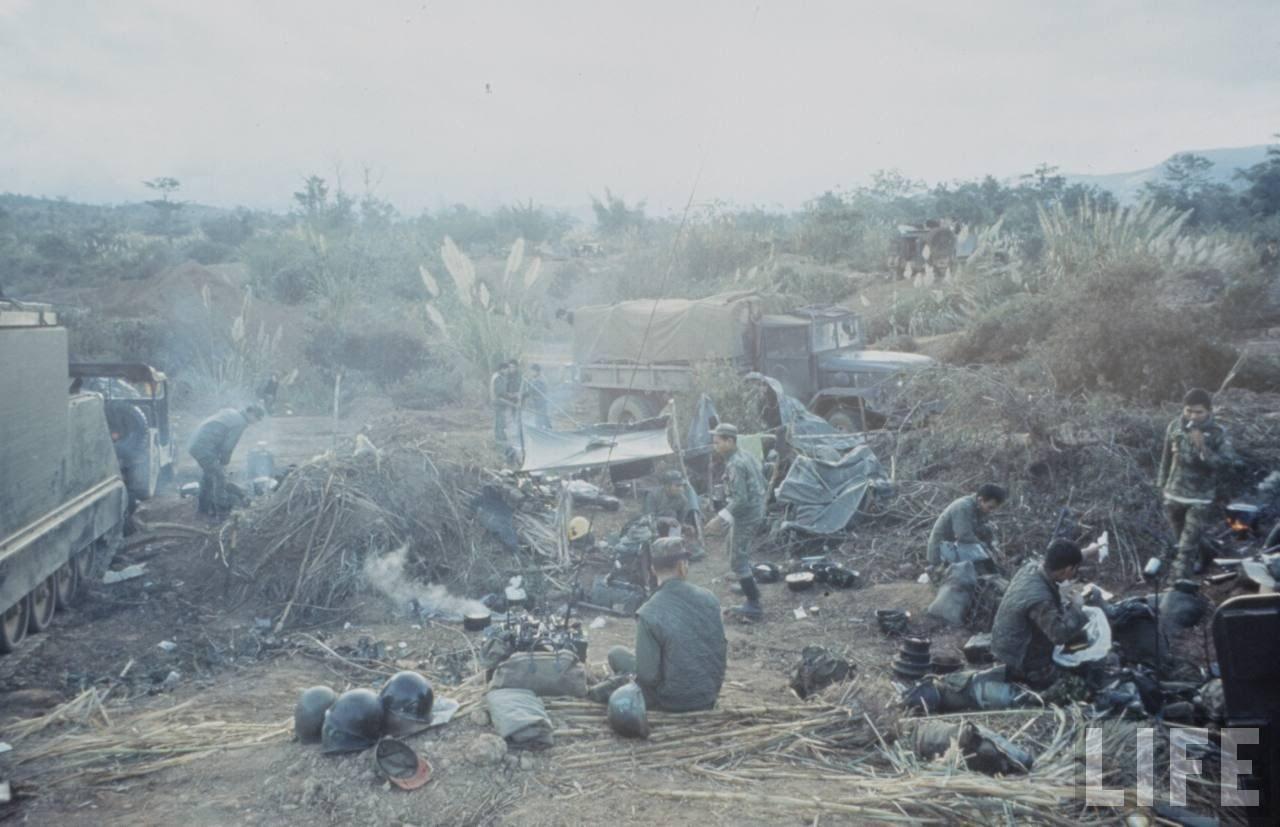 guerre du vietnam - Page 2 FTgIQzB4-dk
