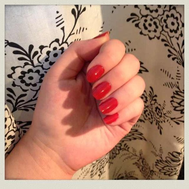 Каким лаком сейчас накрашены ногти? KFhSvUS7UJg