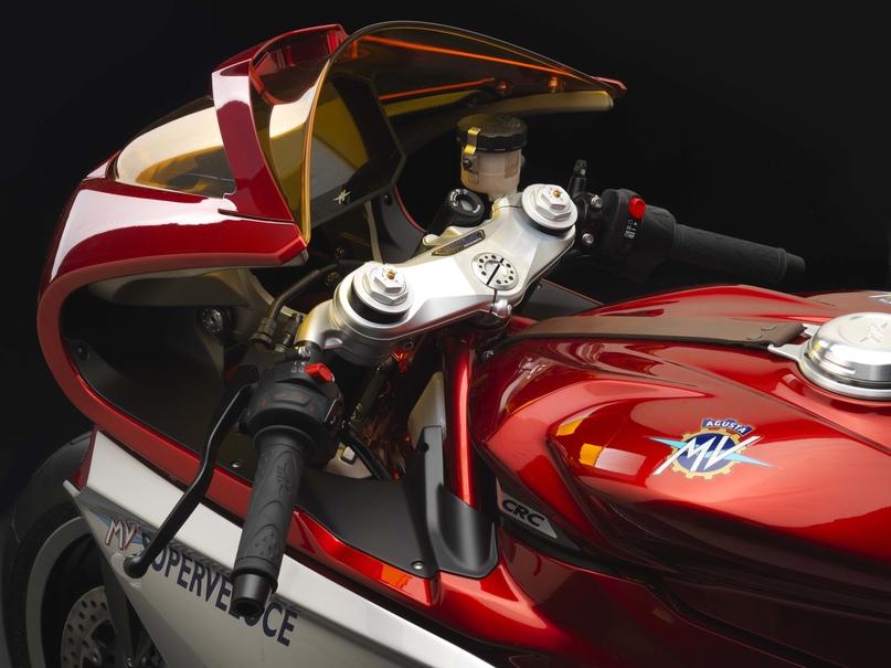 EICMA 2018: Концепт MV Agusta Superveloce 800