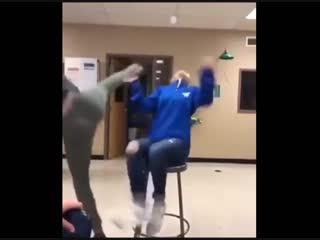 Трюк с бутылкой