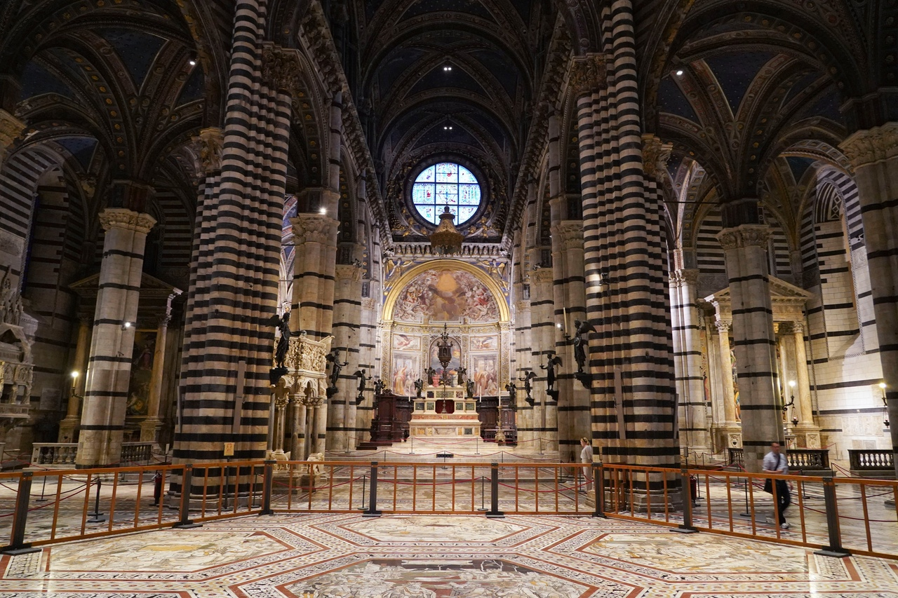 Jo8YzyQR9sE Сиена. Собор Санта-Мария-Ассунта (Duomo, Cathedral Santa Maria Assunta)