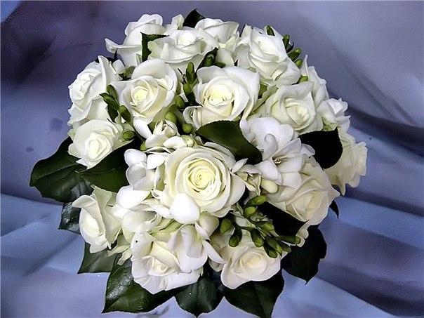 http://www.cvetmag.ru/wedding-bouquets.html
