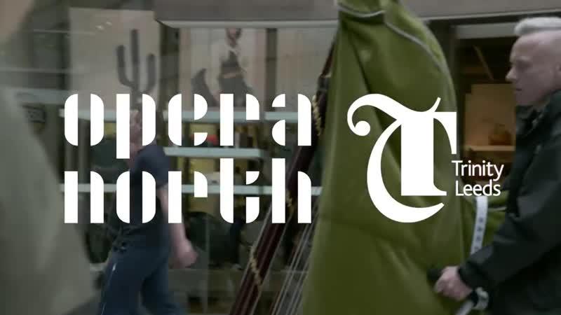 A surprise performance of Ravels Bolero stuns shoppers