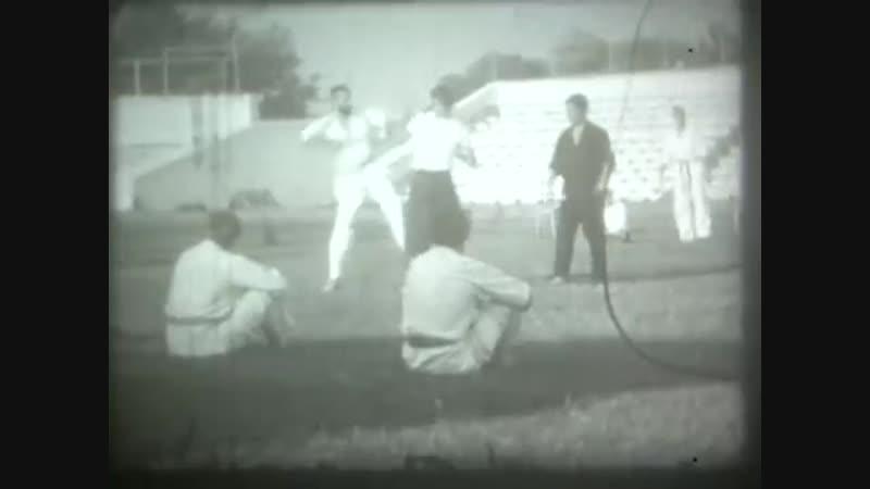 Тренировки на стадионе. Севастополь (СССР - 1978-1979 г.)