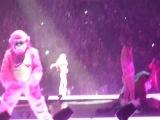 Miley Cyrus - #Bangerz Тур