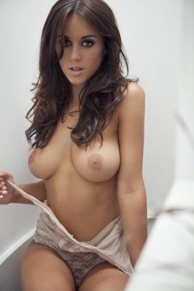 View all videos tagged mammeporno foto
