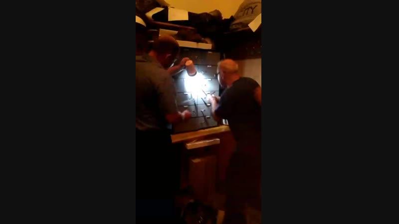 Московские взломщики, 2-00 часа ночи, гостиница Университетская.
