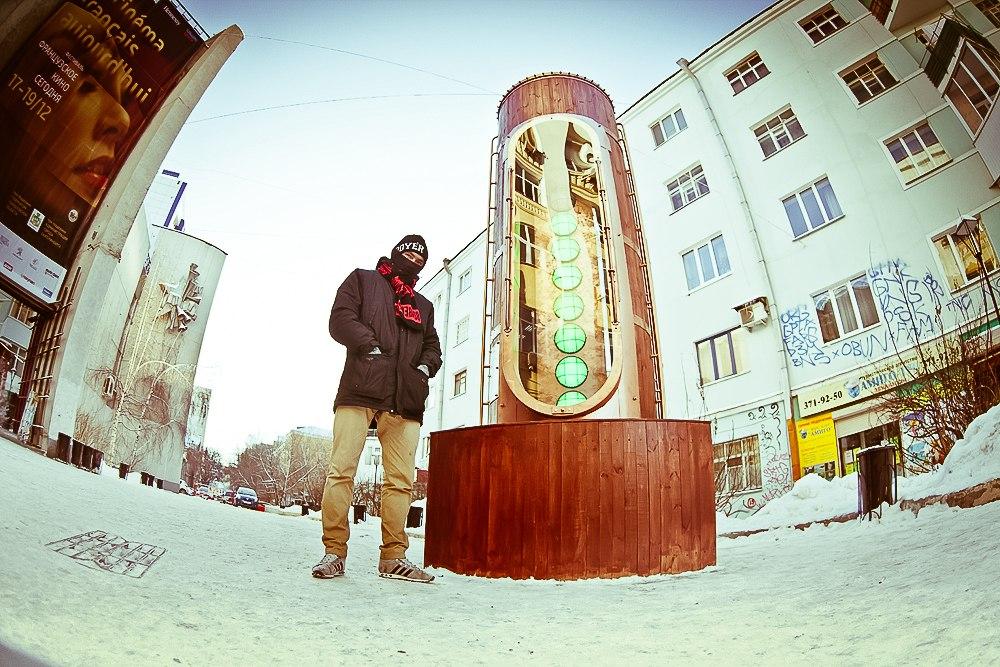Барометр настроения в стиле стимпанк появился в Екатеринбурге (Фото 23)