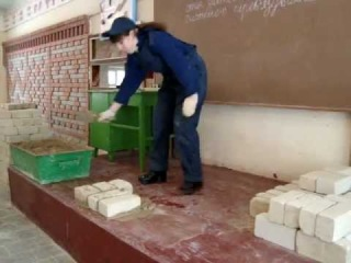 Людмила Мищенко.Кирпичная кладка в 1.5 кирпича.Видеоуро