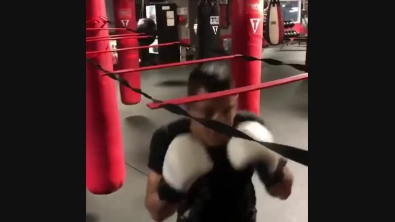 🎬 Отработка боксерской защиты нырками 🥊