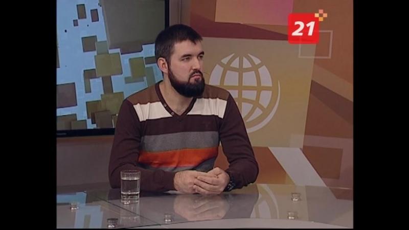 «Вовремя лайт» - Сергей Балмасов, председатель общественной организации «Заполярье без сирот». И приёмный папа Виктор Калинин.