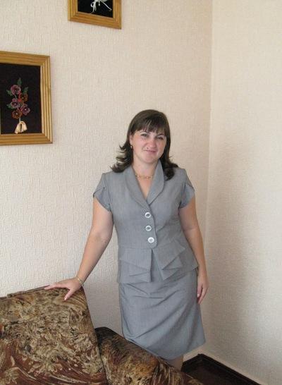 Людмила Носуля-Лавренко, 7 августа , Луганск, id142129164