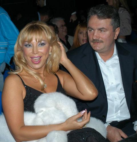 Маша Распутина выгнала мужа из дома!