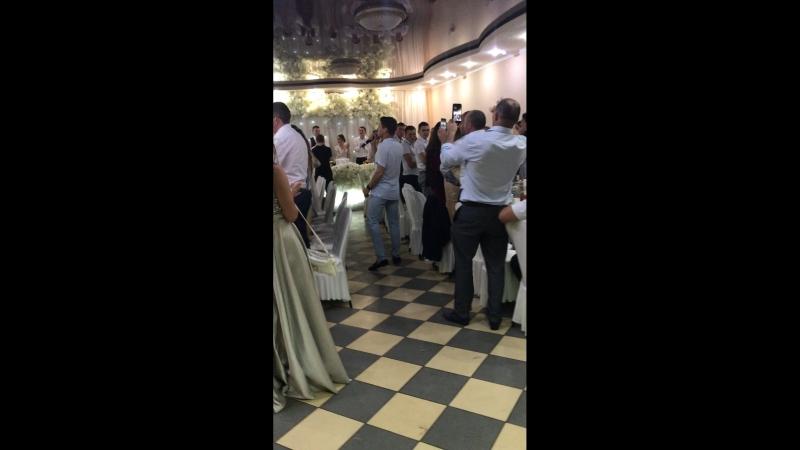 Свадьба. Поёт Ришат Тухватуллин
