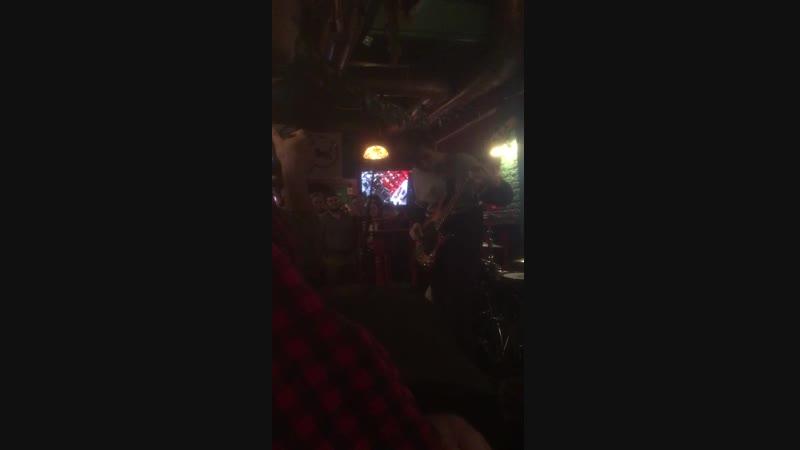 Отрывок концерта Harat's pub 16 12 18