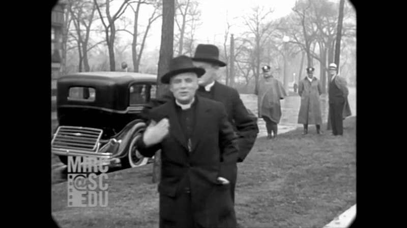 1934 - Chicago Streets During The Great Depression (real sound)