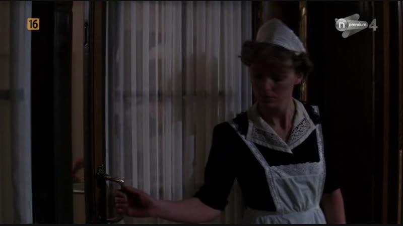 СВЕТ ВО ТЬМЕ. Shining Through. (1992)