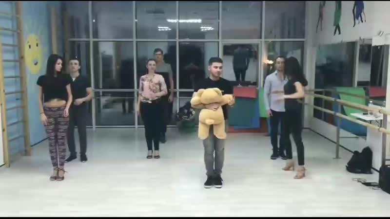 Репетиция с медведем