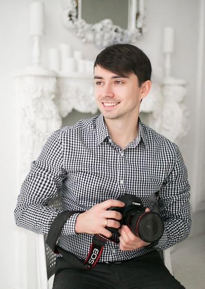 Олег Салий