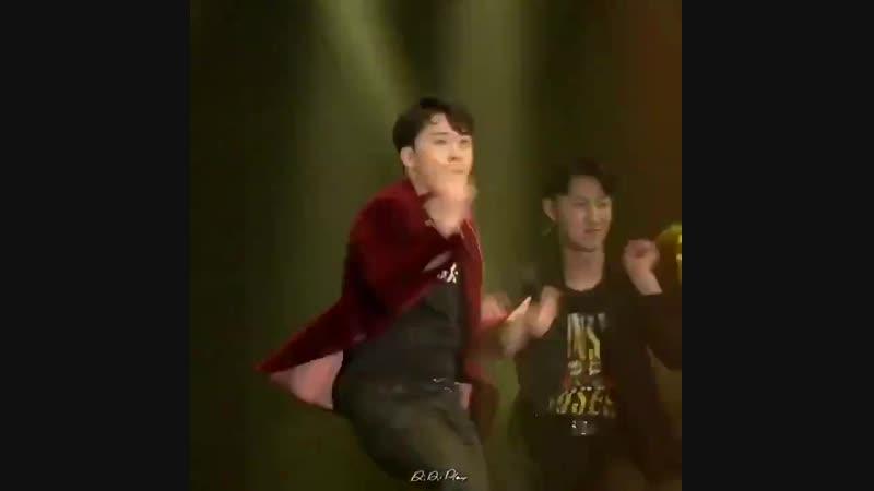 - Disco King - @ForvictoRi - - THE GREAT SEUNGRI in OSAKA - BIGBANG 리리플레이 RiRiPLAY SEUNGRI