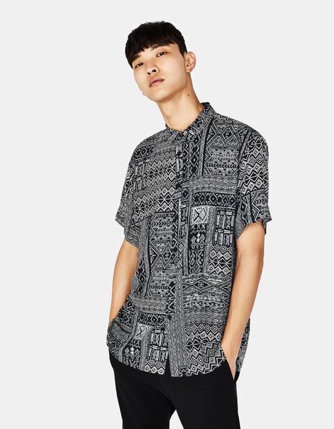 Рубашка с этническим принтом