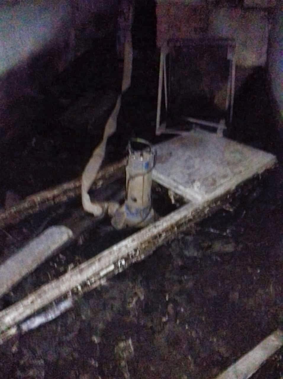 Откачали сточные воды из подвала на Дачной, 11