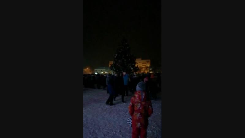 Зажжение огней на новогодней ёлке села Завьялово