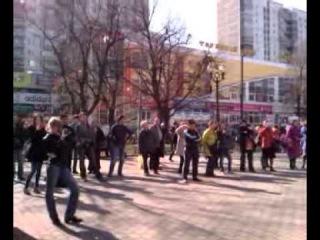 Весна в городе и индейцы.. апр.13-го  м.Сокольники москва