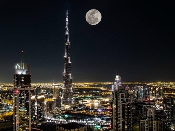 Ночной Дубай, ОАЭ
